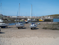 cemaes-harbour-2